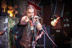 Александр Луканичев, 47 лет, актер, рок-музыкант - -7BJQR9HrTU.jpg