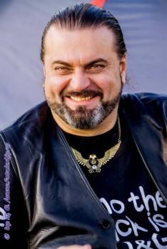 Александр Луканичев, 47 лет, актер, рок-музыкант - o1XqB3uNwkI.jpg