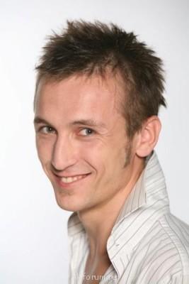 Александр Ежов - профессиональный актер - AE02.jpg