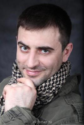 Алик Мухаммадиев-ПРОФ.АКТЕР,34года,179см,52,8 964 580-57-35 - IMG_3764.jpg
